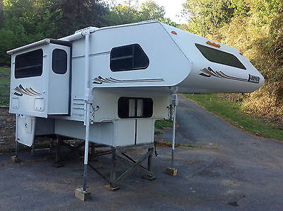 Lance 1121 Truck Camper All options Slideout 3.6 Generac Used 3 times
