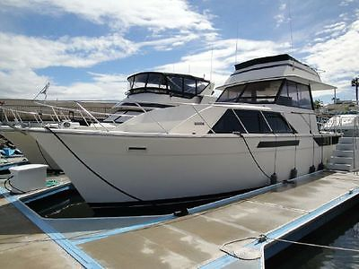 Pacemaker 40ft Motor Yacht Great Live-Aboard or Weekend Condo on the Water