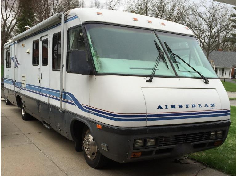 1995 Airstream Land Yacht
