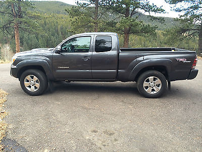 Toyota : Tacoma TRD SPORT Magnetic Gray Metallic Access Cab 4x4 TRD SPORT PACKAGE-1 OWNER