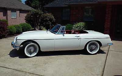MG : MGB MK 1 1965 mgb pull handle roadster