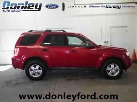 2010 FORD ESCAPE 4 DOOR SUV