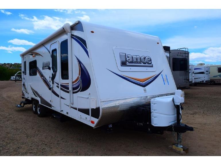 2015 Lance Lance 2285