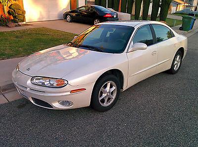 Oldsmobile : Aurora V6 Sedan 2001 oldsmobile aurora low miles
