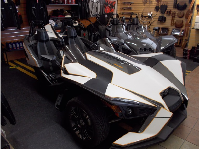 2015 Polaris Slingshot Slingshot Carbon Edition