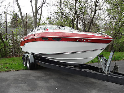 1988 Chris Craft Stinger 260 Sport Cruiser 26' Power Boat Mercury 5.7L w/Trailer