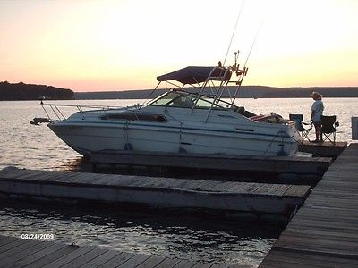 '85 Sea Ray Weekender w/ '99 7.4 liter 300 HP engine and Bravo 2 Outboard!!!
