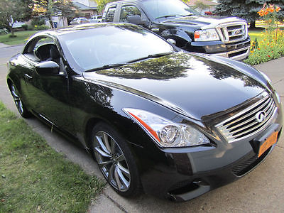 Infiniti : G37 Convertible Automatic Navigation Leather 2010 convertible automatic fully loaded black leather 26 k miles dvd navigation