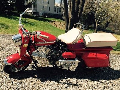 Cushman : Super Silver Eagle Restored 1963 Cushman Super Silver Eagle Scooter