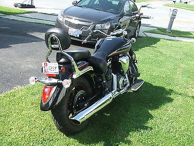 Yamaha : V Star 2013 vstar 1300 raven edition only 381 miles fresh out of the crate