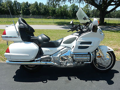 Honda : Gold Wing GOLD WING 1800, STEREO, CRUISE, DRIVER BACKREST, CHEAP CHEAP CHEAP