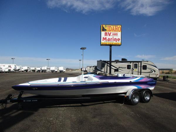 1993 Cole Boat Superhawk I/O