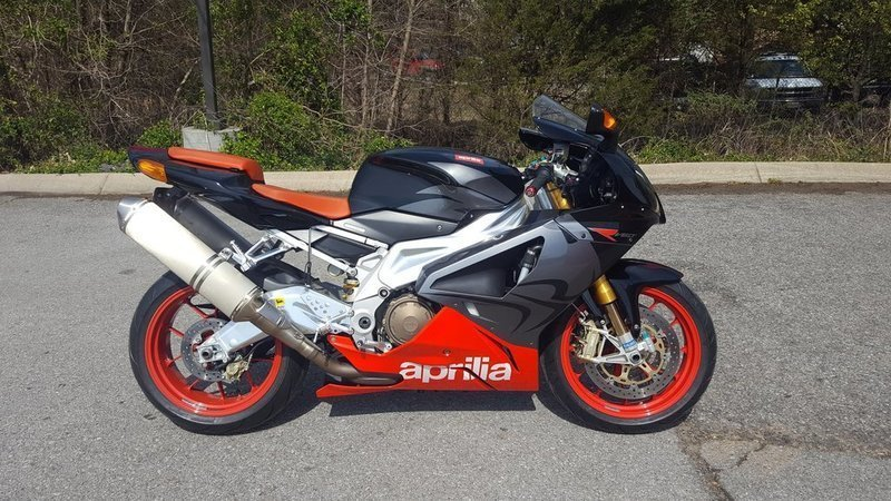 2007 Aprilia RSV1000R