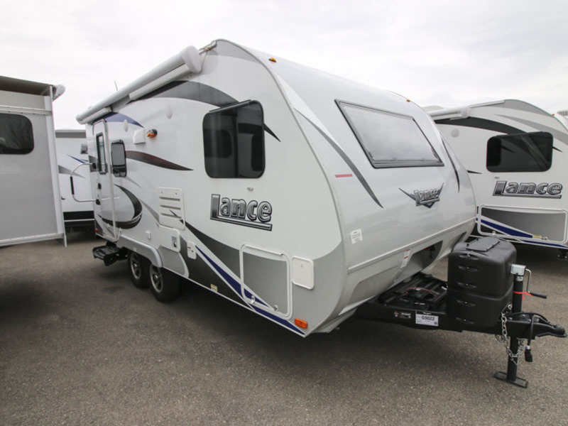 2017 Lance Travel Trailers 1685