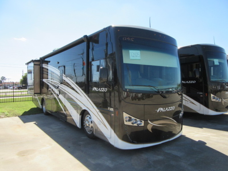 Thor Motor Coach 33 3 Bunkhouse Rvs For Sale