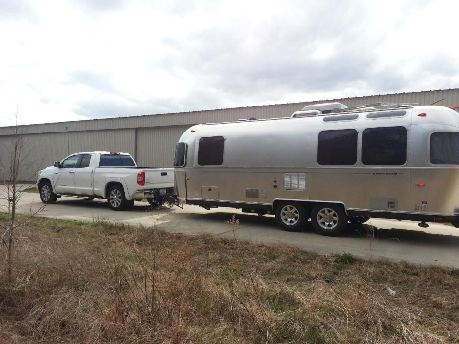 2011 Airstream FLYING CLOUD 25FB