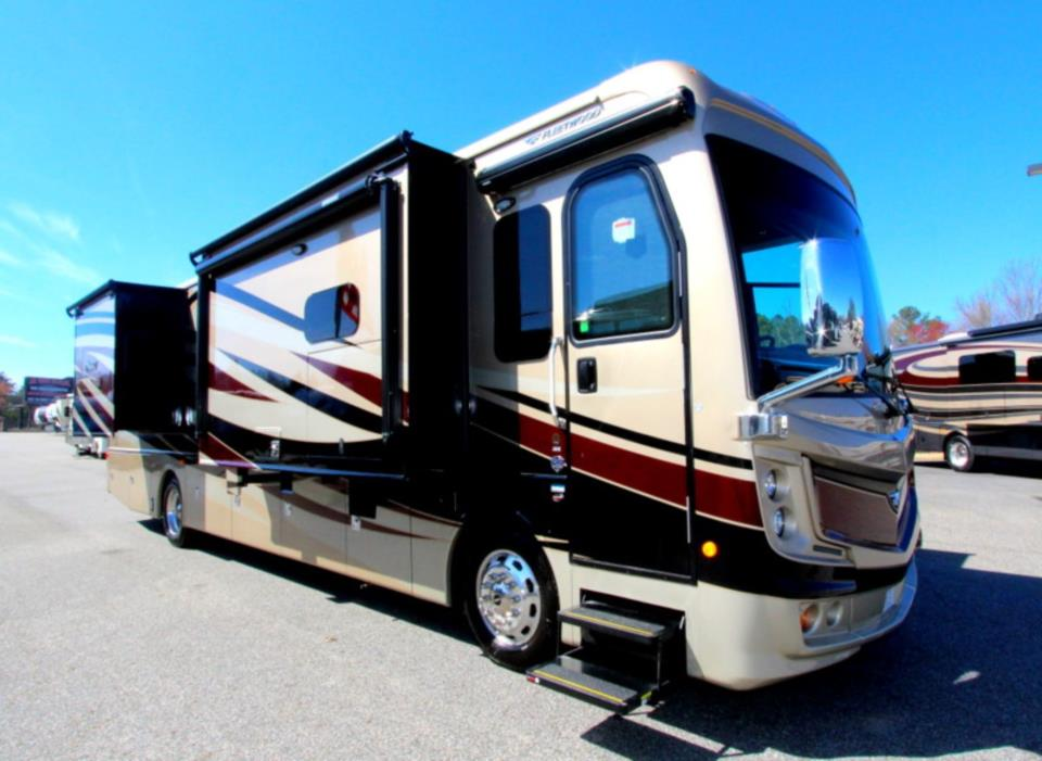 2017 Fleetwood DISCOVERY 38K