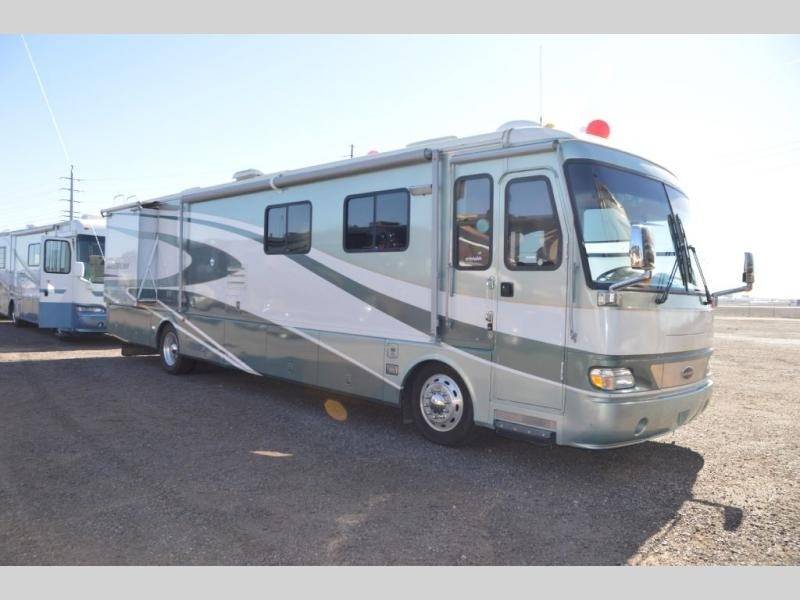 2001 Airstream Land Yacht XL 395