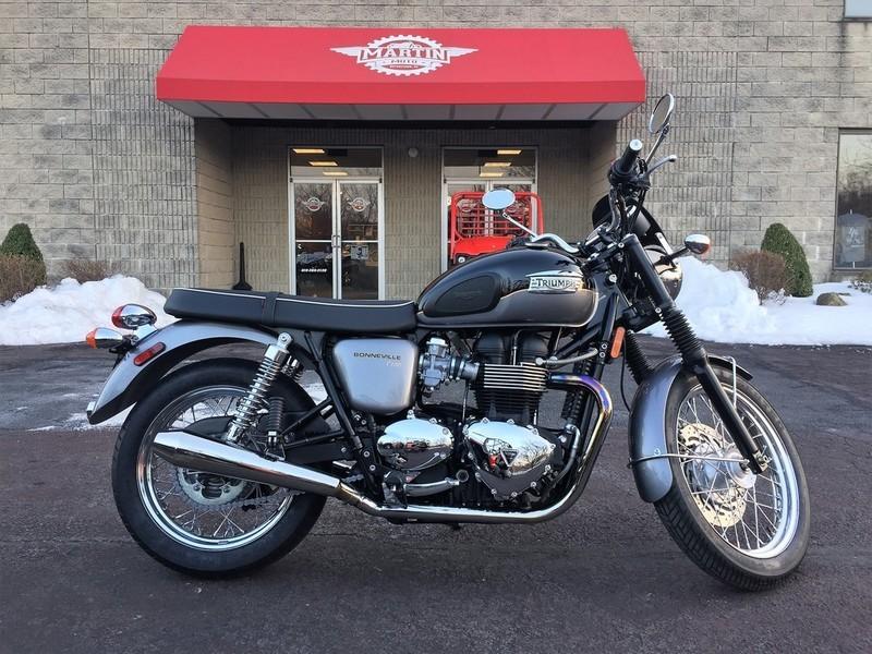 triumph bonneville t100 two tones motorcycles for sale. Black Bedroom Furniture Sets. Home Design Ideas