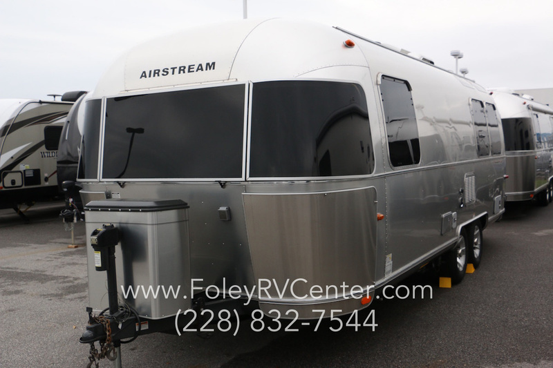 2010 Airstream Flying Cloud 25FB