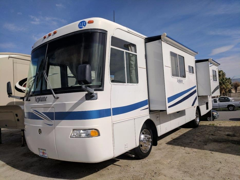 2002 Holiday Rambler NEPTUNE 32PBD