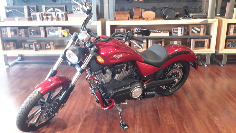 2016 Victory Vegas Sunset Red