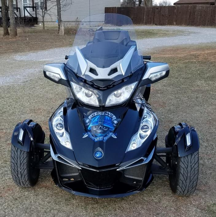 2015 Can-Am SPYDER RT-S SM6
