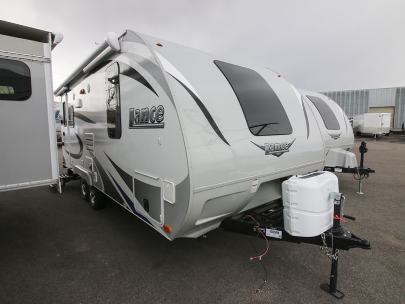 2017 Lance Travel Trailers 1995