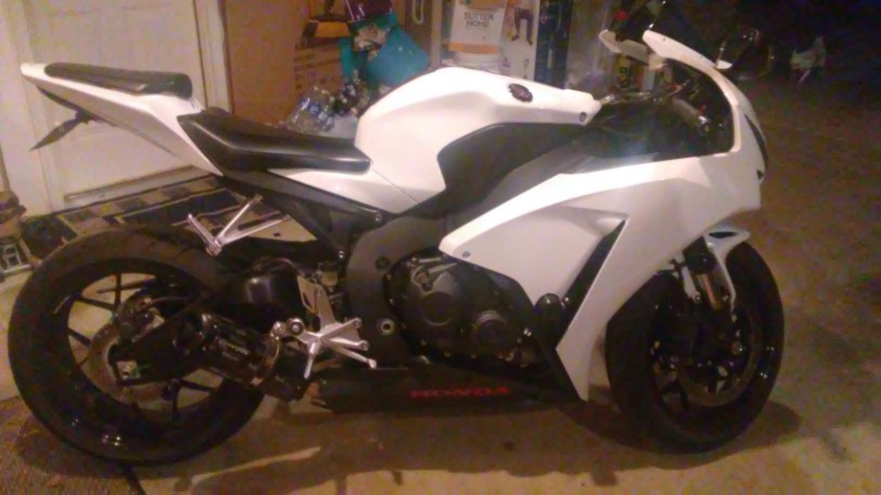 Honda Cbr 1000rr Motorcycles For Sale In Georgia Two Brothers Cbr1000rr 2012 2014 Silver Series Slip On Exhaust System With M 2 Carbon Fiber Canister