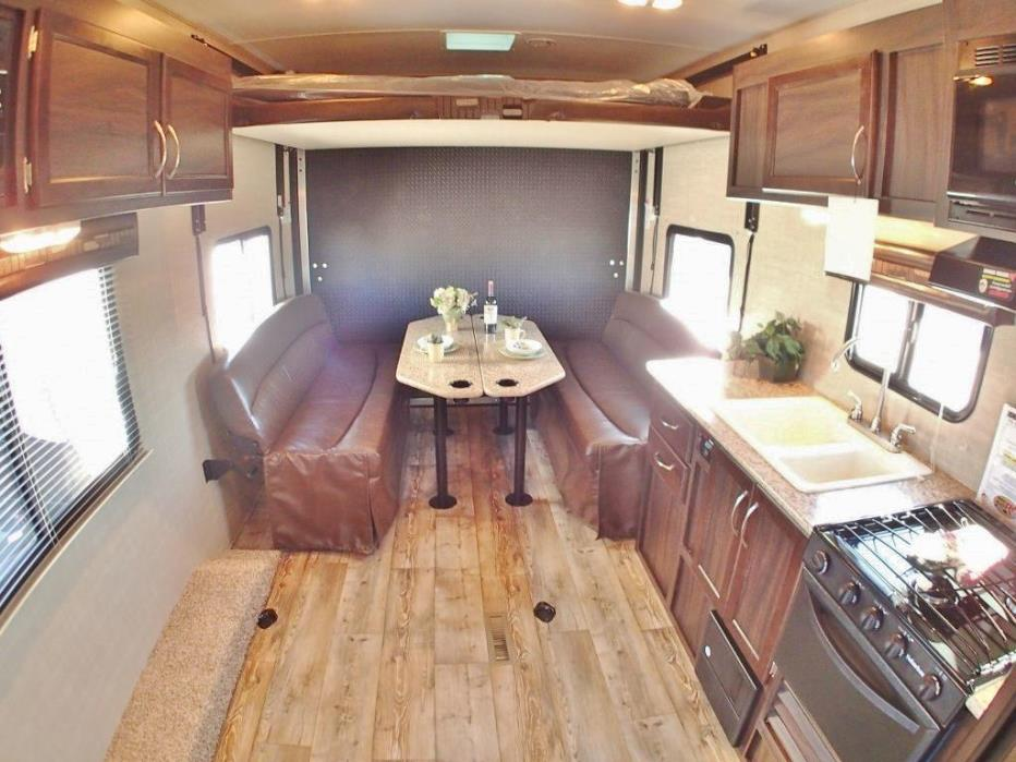 2017 Pacific Coachworks Surf Side 27FSB