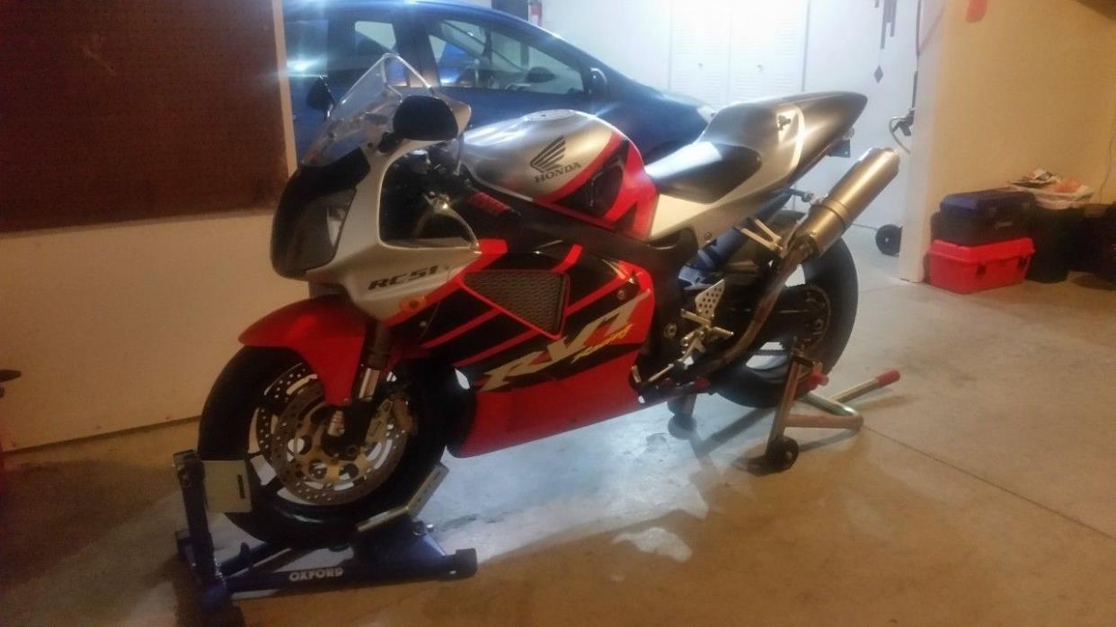 2002 Honda RC 51