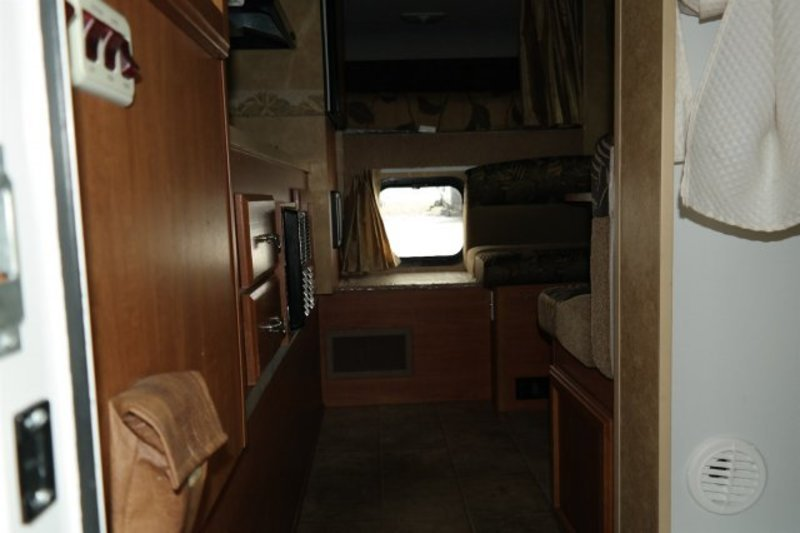 2012 Lance Truck Campers 825