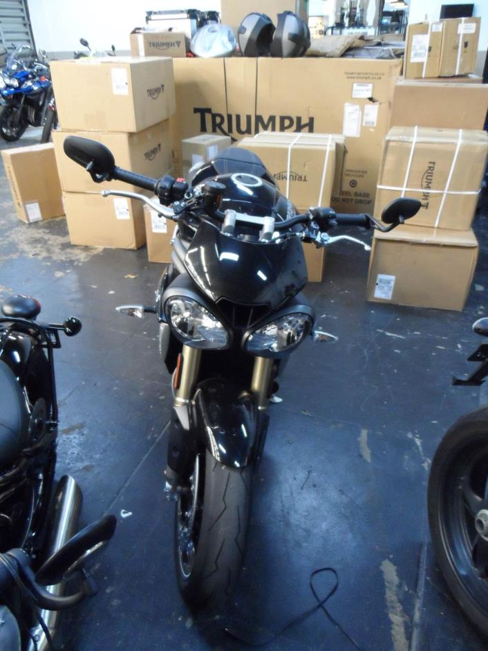 2016 Triumph Speed Triple S