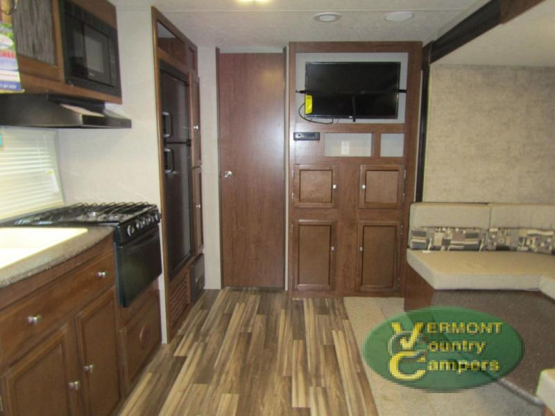 2018 Coachmen Rv Freedom Express 24SE