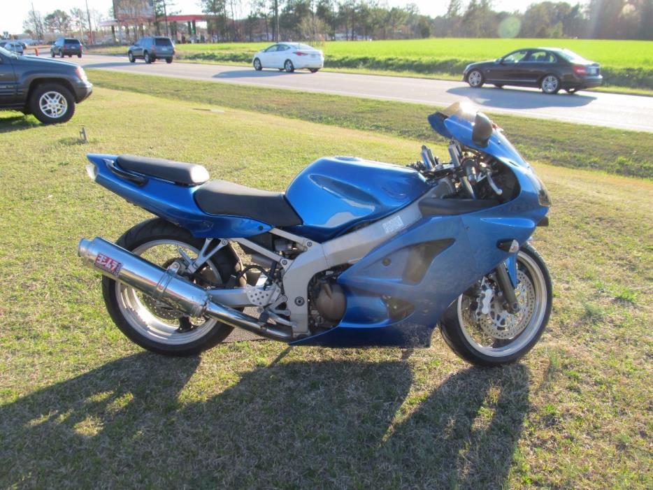 2005 Kawasaki ZZR 600