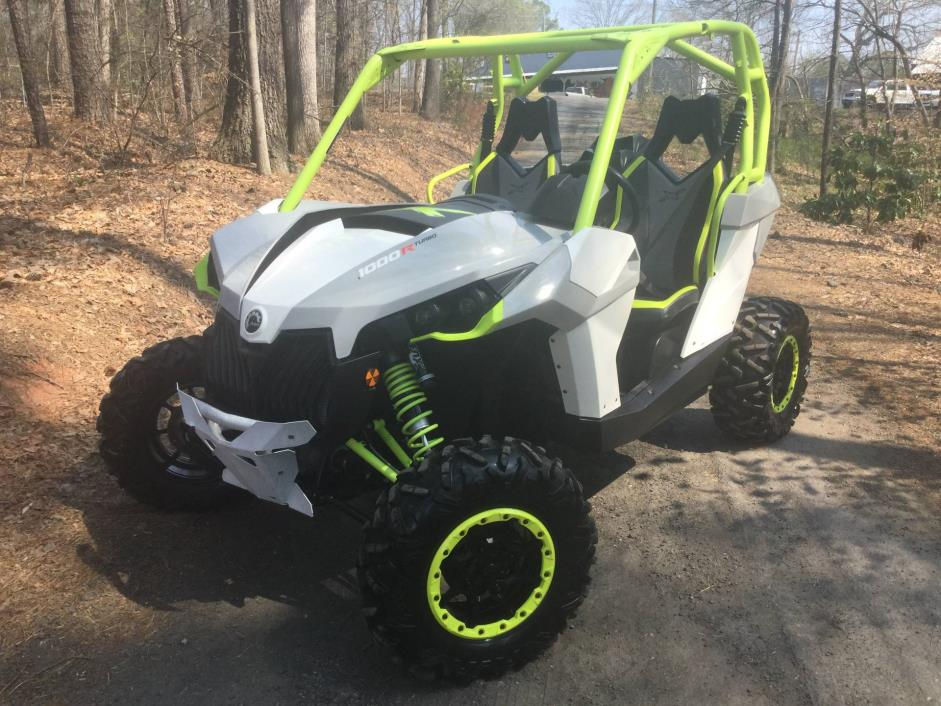 2015 Can-Am Maverick™ X ds 1000R Turbo