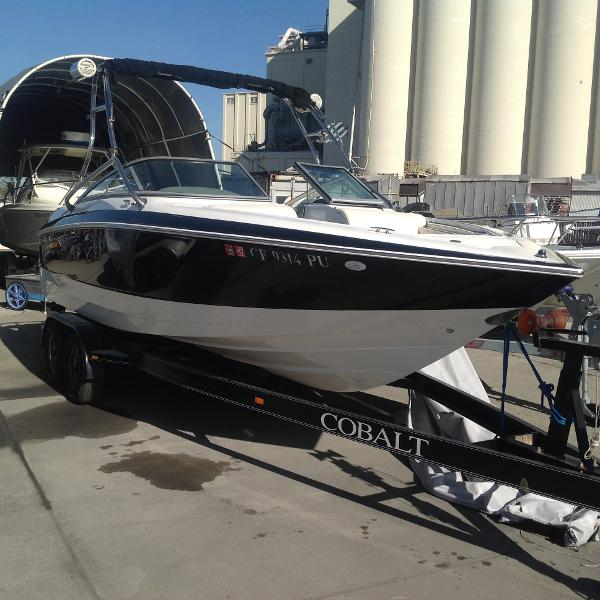 2002 Cobalt 240 Open Bow