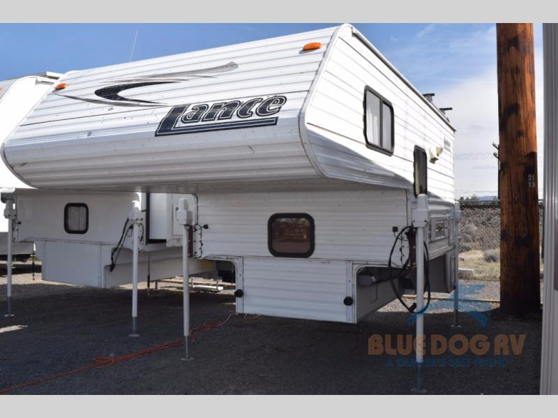 2007 Lance Lance 815 Non-Extended Cabover