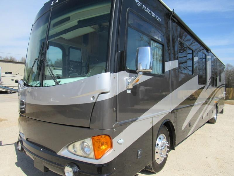 2006 Fleetwood 3 slide Diesel Excursion 39C