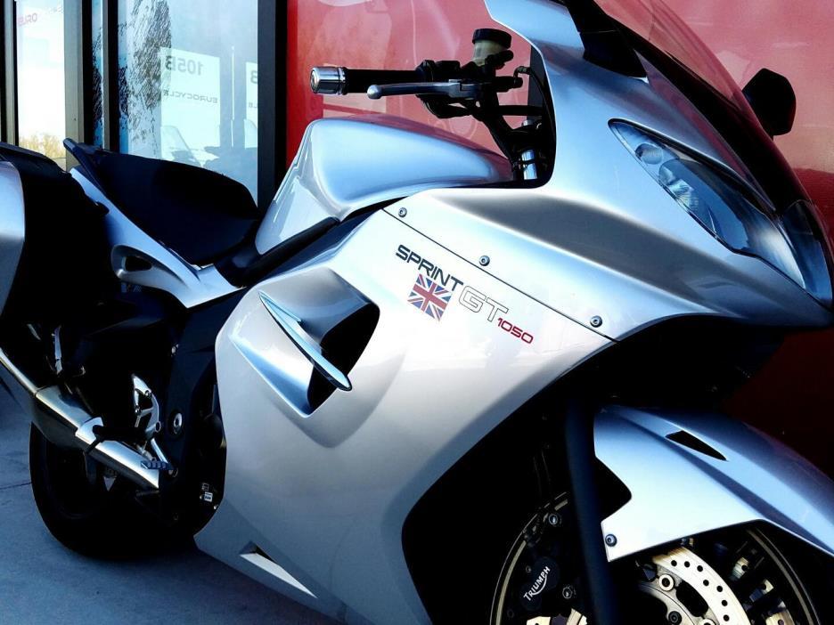 2011 Triumph Sprint GT