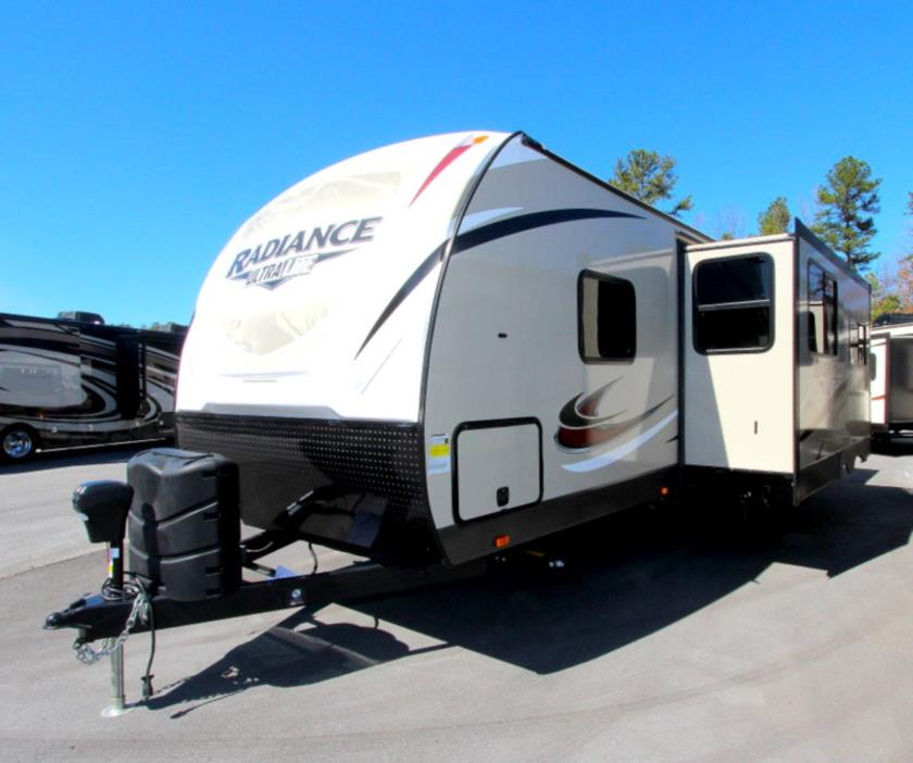 2017 Cruiser Rv RADIANCE 25RK