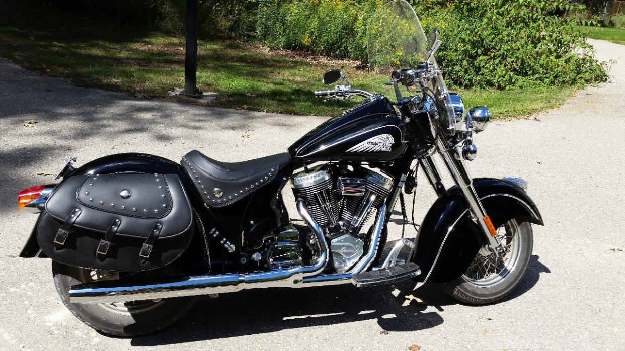 2002 Victory V92C Deluxe Motorcycle for Sale in Adamsdale