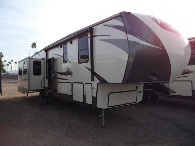 2017 Crossroads Volante 3801MD