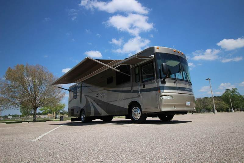 2004 Winnebago Journey 36G