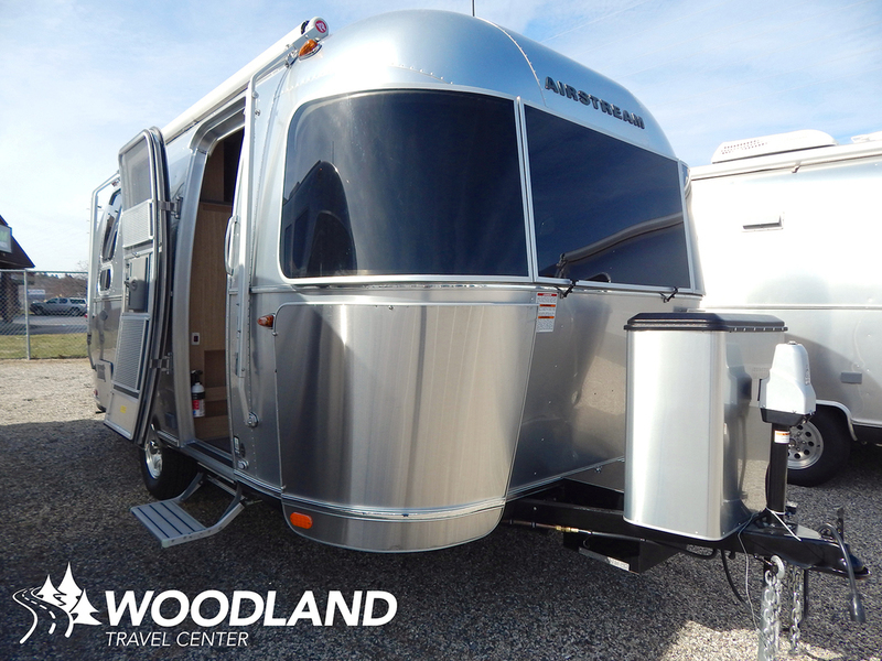 2017 Airstream Flying Cloud 19