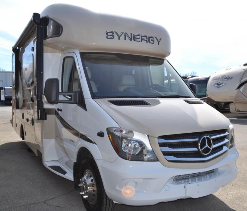 2017 Thor Motor Coach Synergy TT 24