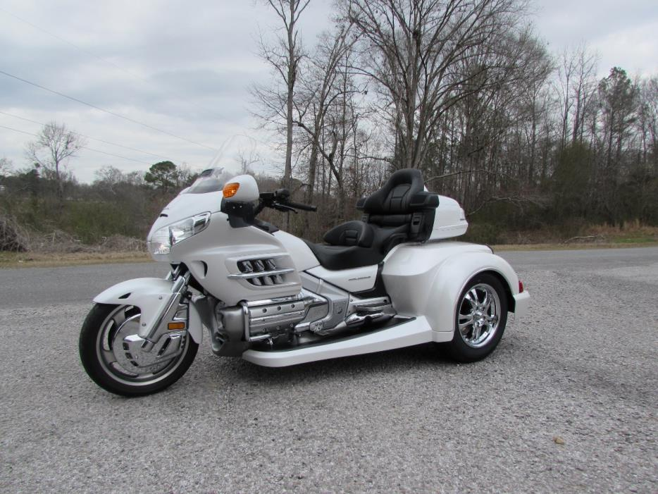 2008 Honda GOLDWING GL1800 ROADSMITH HTS WITH RUNNING BOARDS