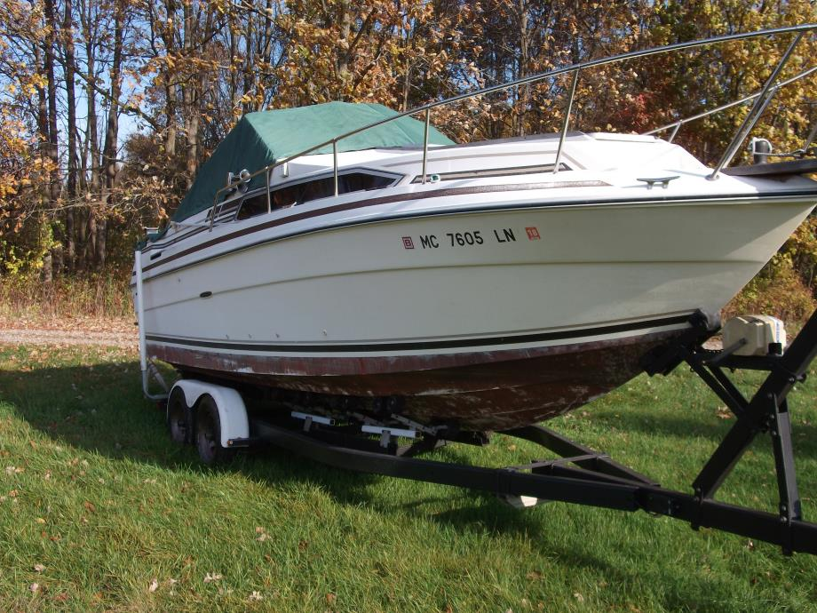 1984 Sea Ray 260 Overnighter