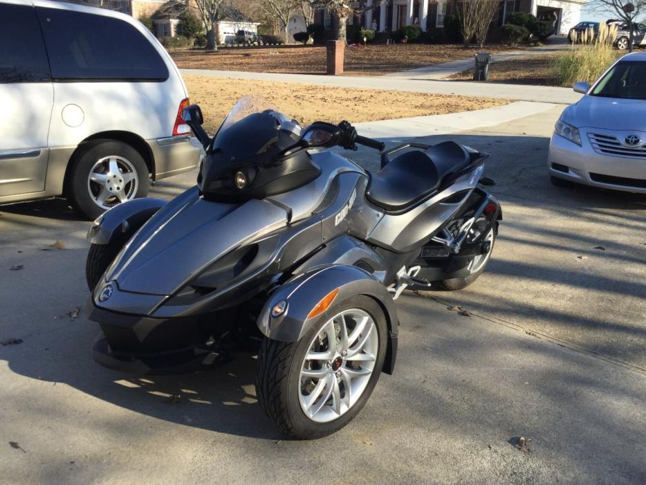 2013 Can-Am SPYDER RS SE5