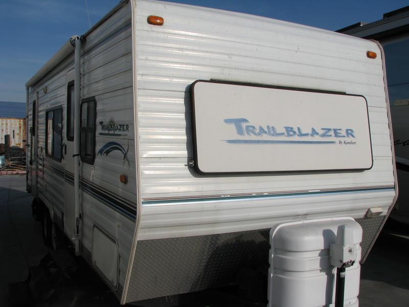 2004 Komfort TRAILBLAZER 23RBS
